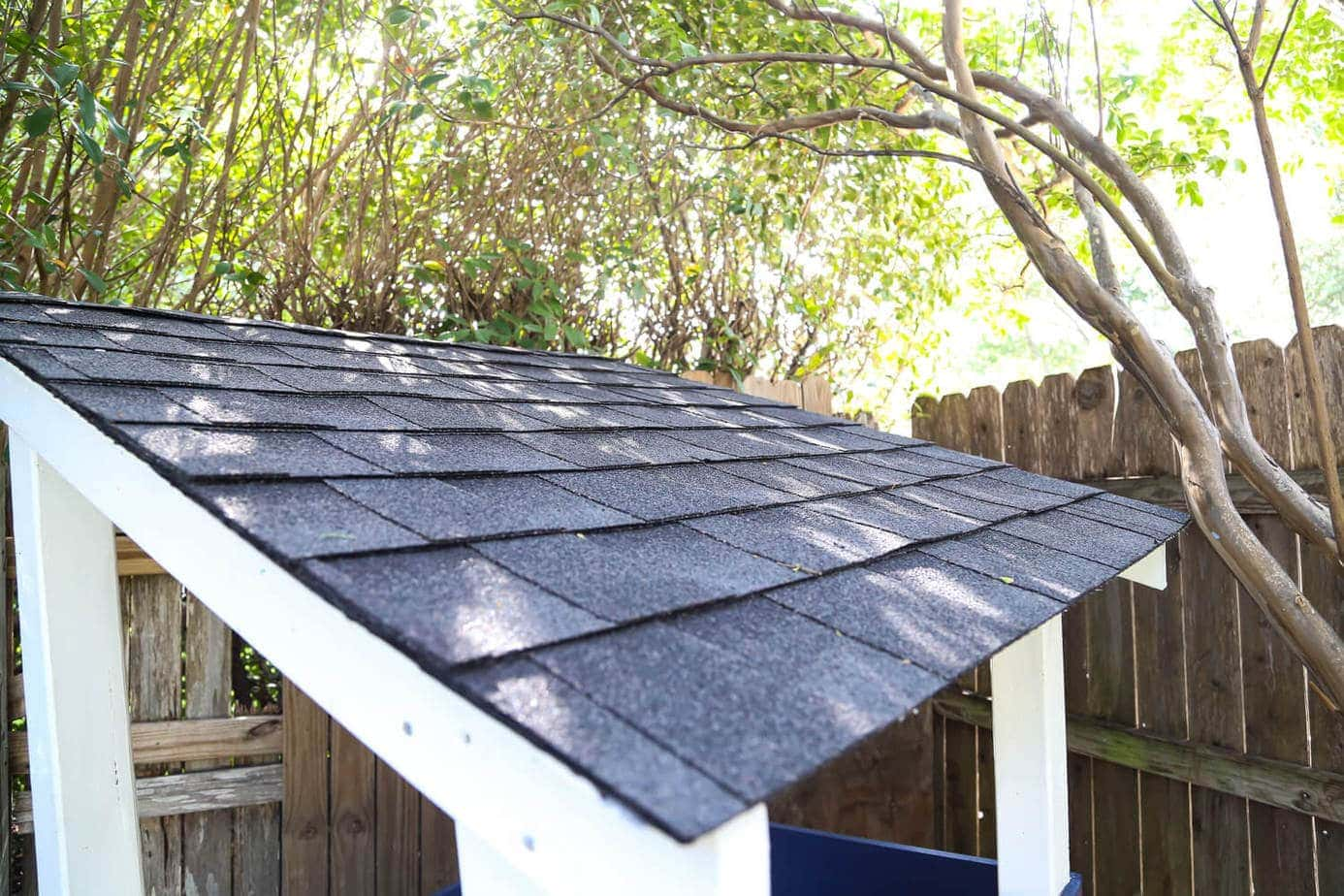 How to install shingles on a playhouse roof