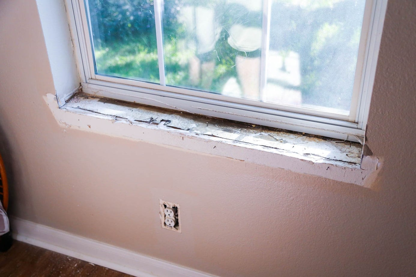how to trim a window