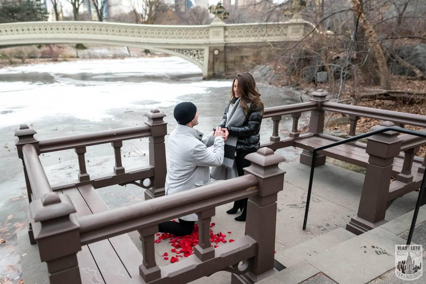 Photo 3 Bow bridge surprise marriage proposal. | VladLeto