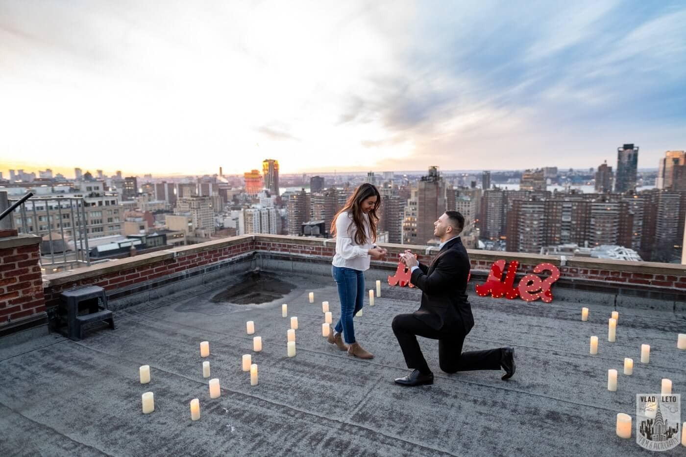 Photo Sunset Proposal on private rooftop New York | VladLeto