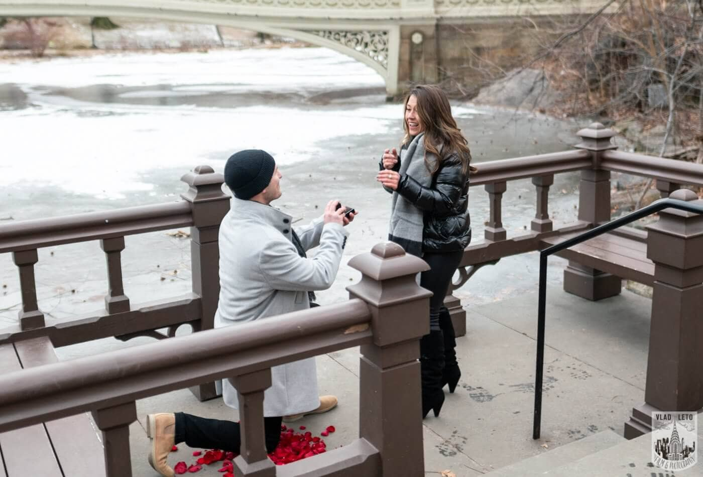 Photo Bow bridge surprise marriage proposal. | VladLeto