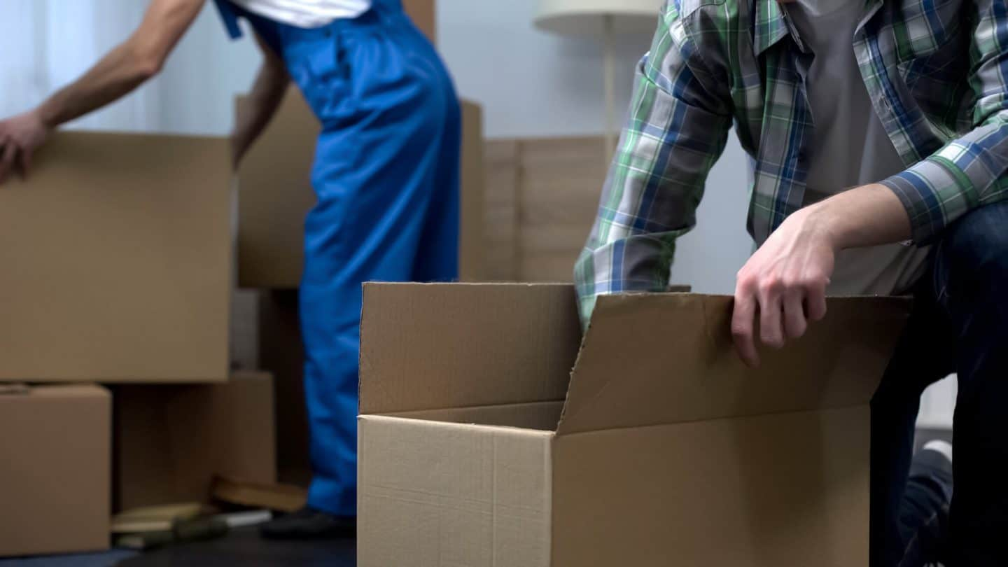 Moving Right: The Key Steps You Need to Take in Choosing the Right Moving Company