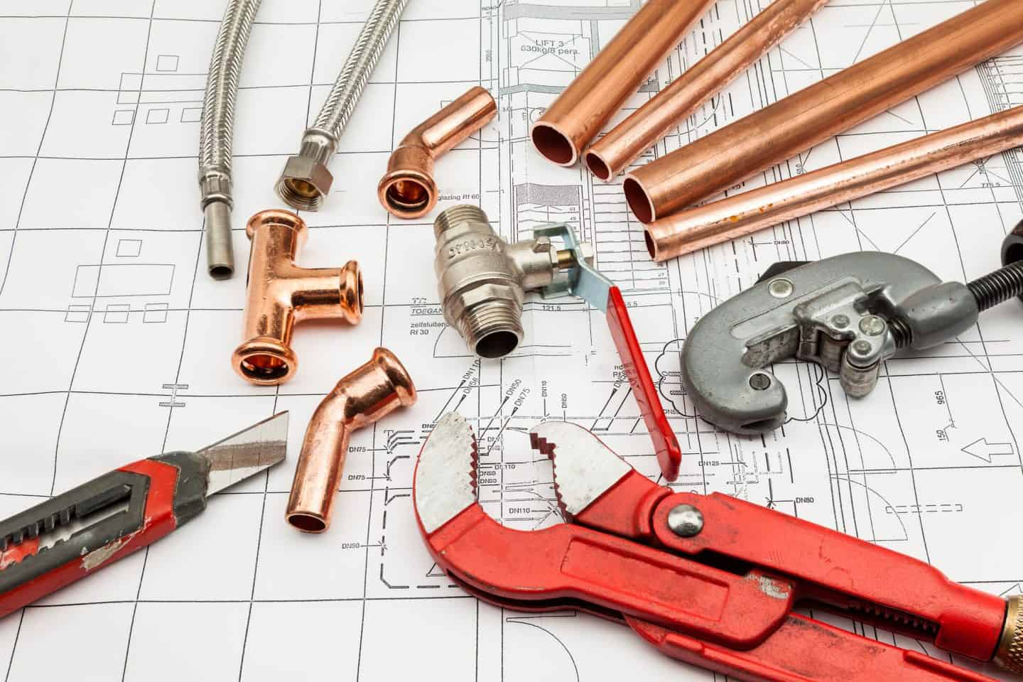 Homeowners who aim to manage less complex problems on their own need the right tools. The following are 7 plumbing tools every DIY homeowner should have