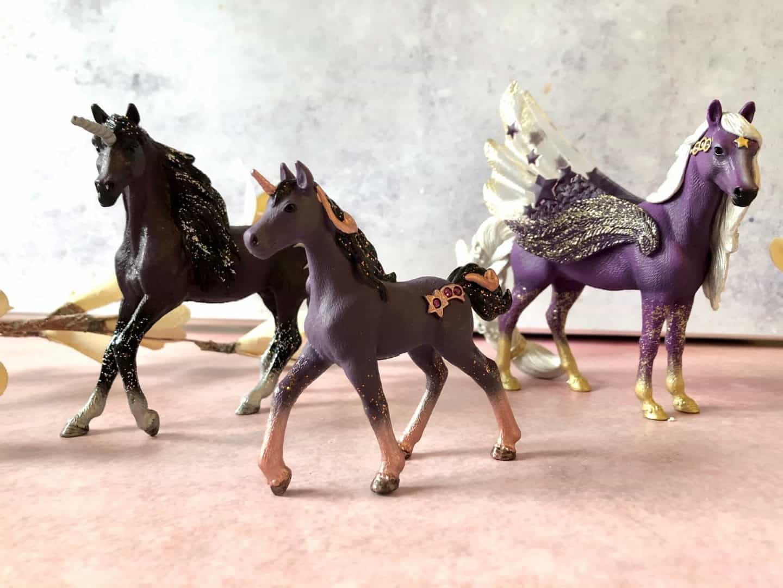 Magical Beings - Glittering Moon Unicorns
