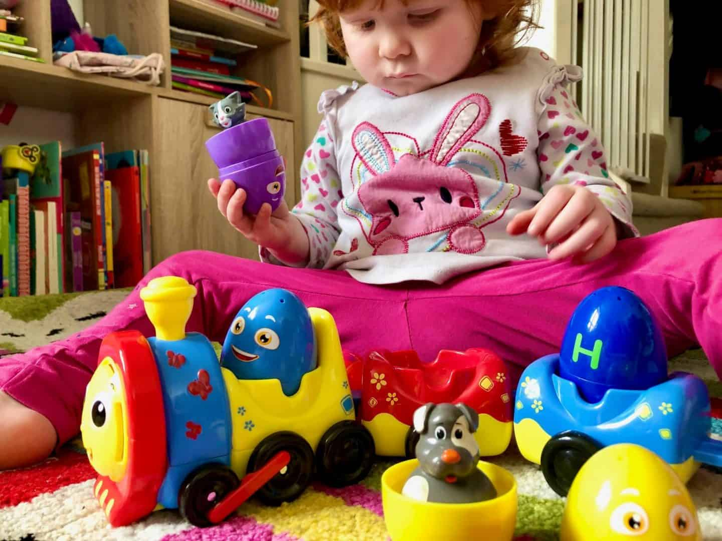 Playing with the Chu Chu TV Peek and Play Surprise Eggs ABC Starter Set