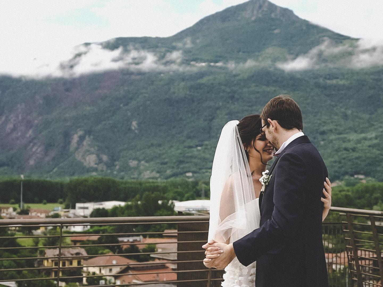 ballo con vista sulle montagne