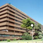 Trasladan al hospital de Albacete a una mujer rescatada tras caer al canal del trasvase en Casas de Benítez