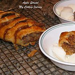 Apple Strudel (Delicious Apple desert made with Puff Pastry sheets)