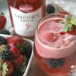 Barefoot Refresh® Berry Spritzer Float