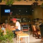Bastaa Coffeestand tempat nongkrong yang nyaman