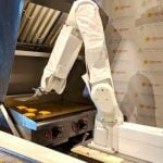 LA Food Chain Employs Robot at the Cost of Human Flippers 10