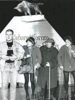 v.li. Eva Billisich, Roland Düringer, 3 Mitte = Menubeln, Alfred Dorfer