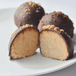 These Keto Kookie Chocolate Truffles are as delicious as they are beautiful! Ready in minutes, these truffles make the perfect low carb dessert to easily manage your sweet tooth and keep you on track! | heyketomama.com