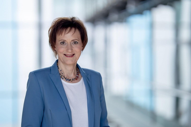 Tageslichtportrait Sabine Wosche Geschäftsführerin der Landesentwicklungsgesellschaft Thüringen (LEG)