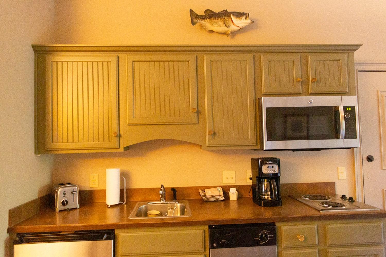 Big Cedar Lodge Wilderness Club Studio Tour kitchen