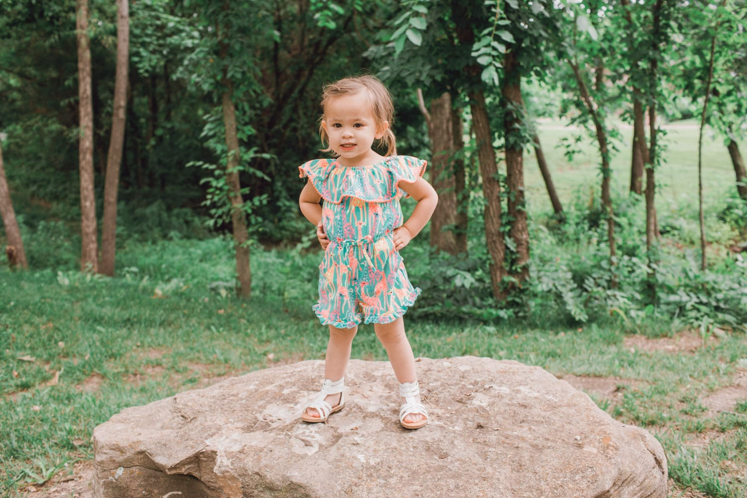 Giraffe Romper for Kids - Safari Zoo Jungle Themed Romper for little girls that is super adorable and cute! Great outfit for a two year old.