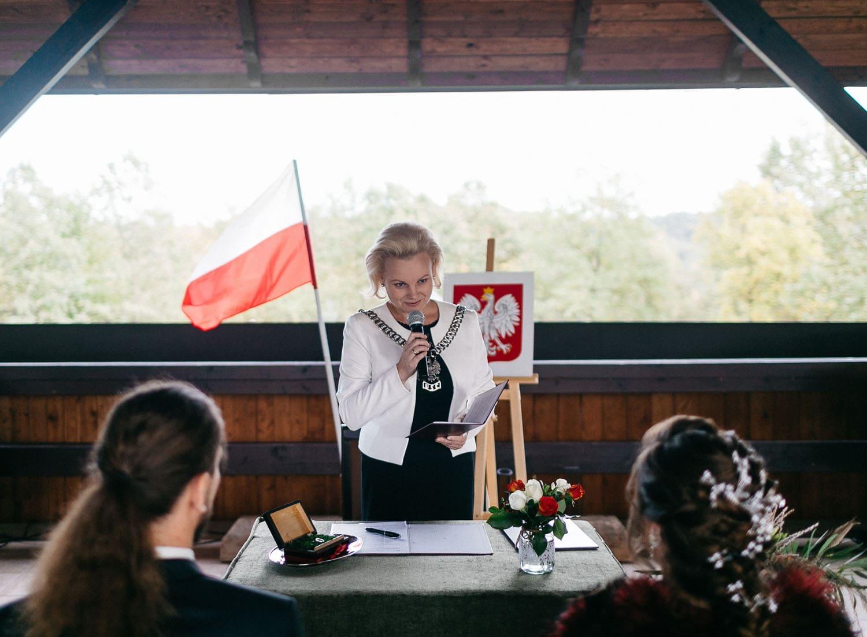 folwark zalesie, slub cywilny karoliny i karola, zdjęcia ślubne kraków, www.jakubdziedzic.pl
