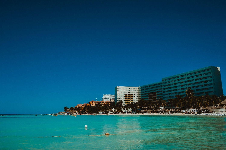 destination-wedding-cancun-1 Destination Wedding Cancun - Viviane + Lucas