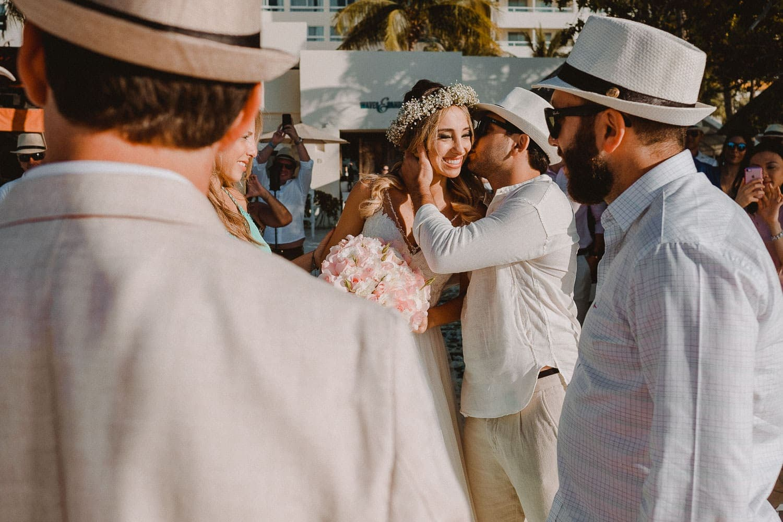 destination-wedding-cancun-17 Destination Wedding Cancun - Viviane + Lucas