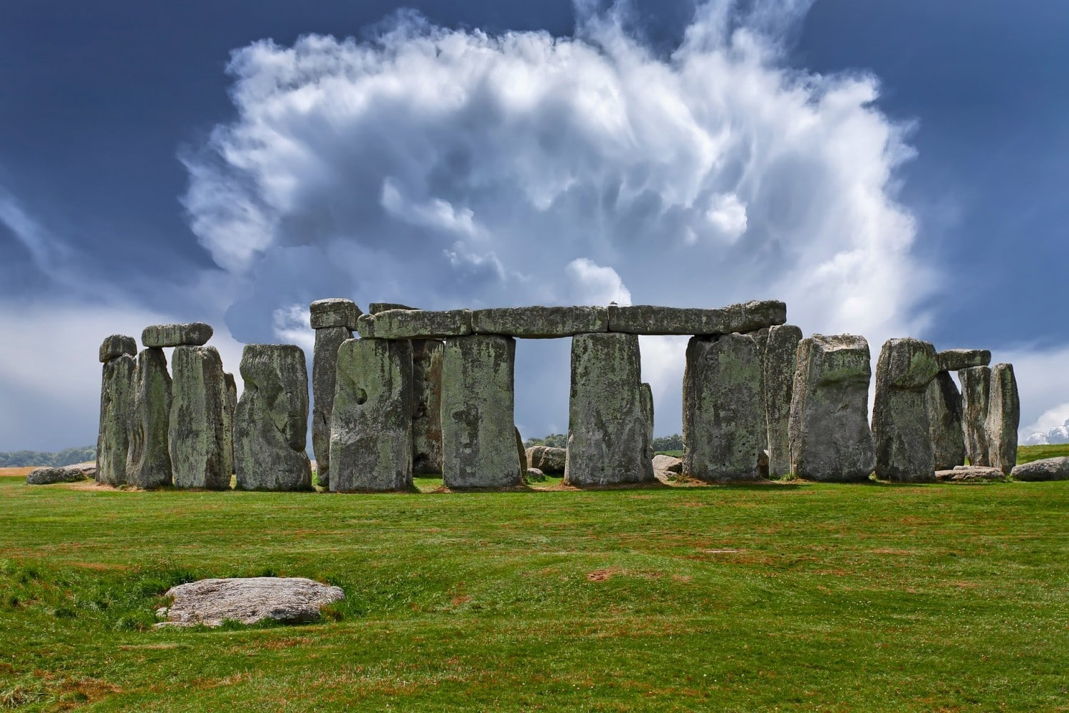 Stonehenge - British Bucket List Ideas