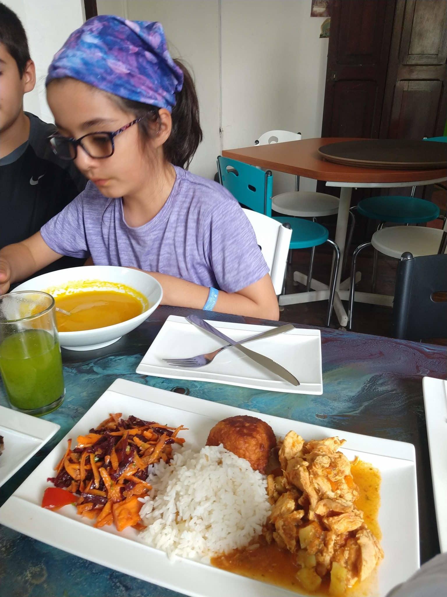 Chicken dinner at Lili a la Cartagena