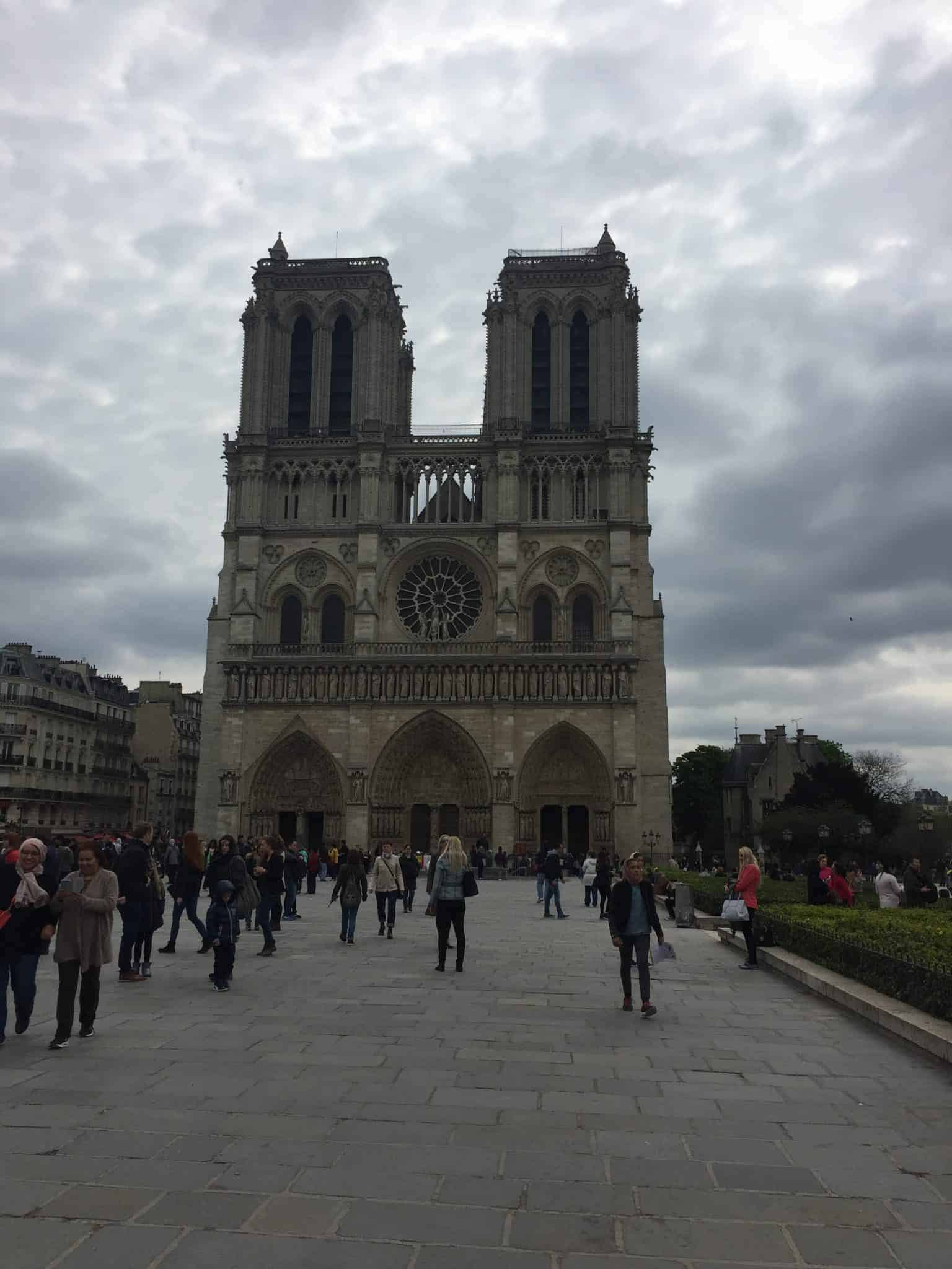 best time to visit paris, best time to travel to Paris, best time of year to visit paris, attractions in Paris, Notre Dame, best time to visit paris france, things to do in Paris, paris 3 days itinerary