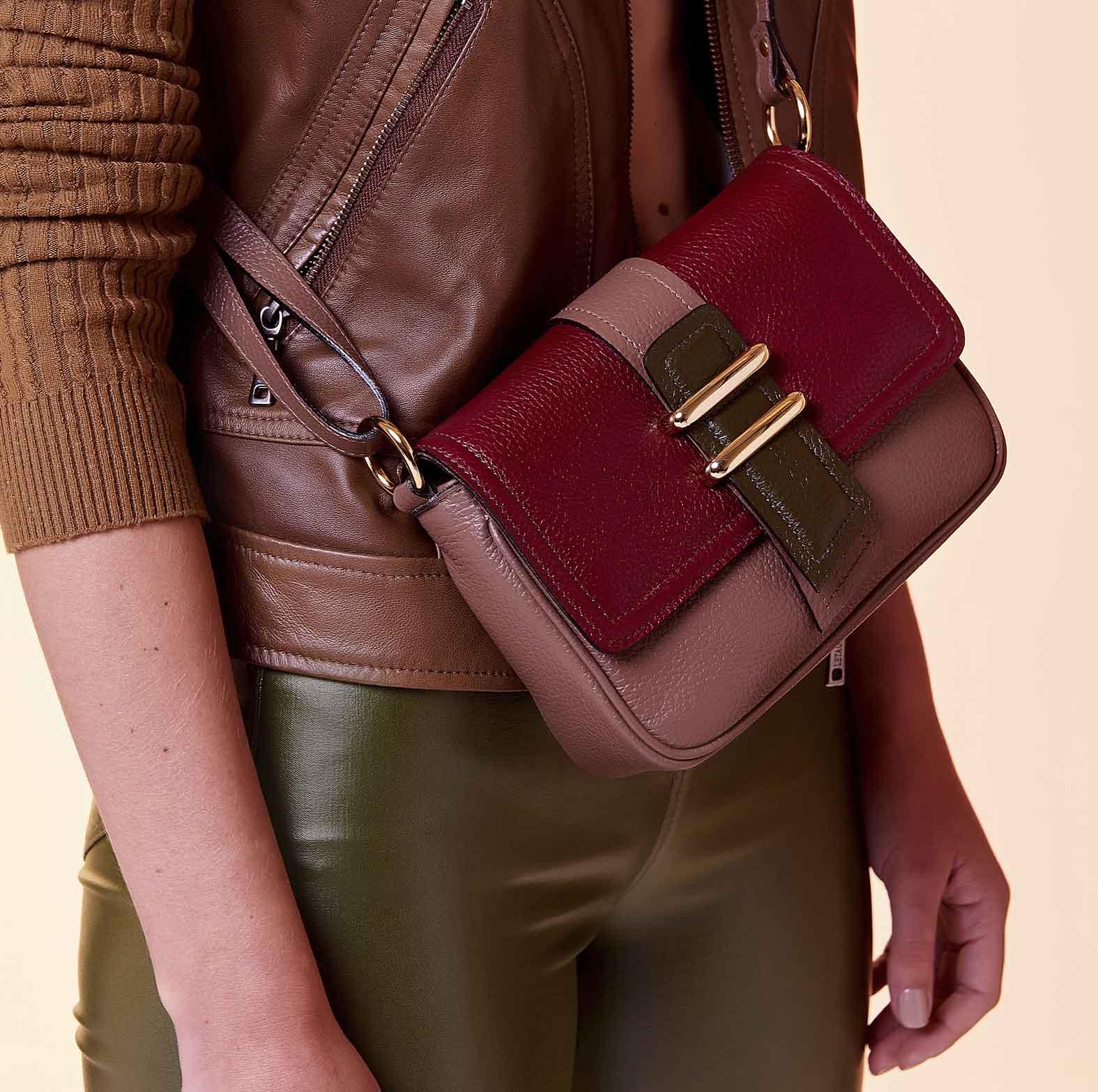 bolsa-de-couro-smartbag-transversal-bicolor
