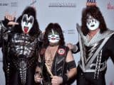 Video: KISS Performs Without PAUL STANLEY At 'Race To Erase MS' Fundraising Gala - @Blabbermouth.net #kiss #paulstanley Artes & contextos watch kiss perform as trio