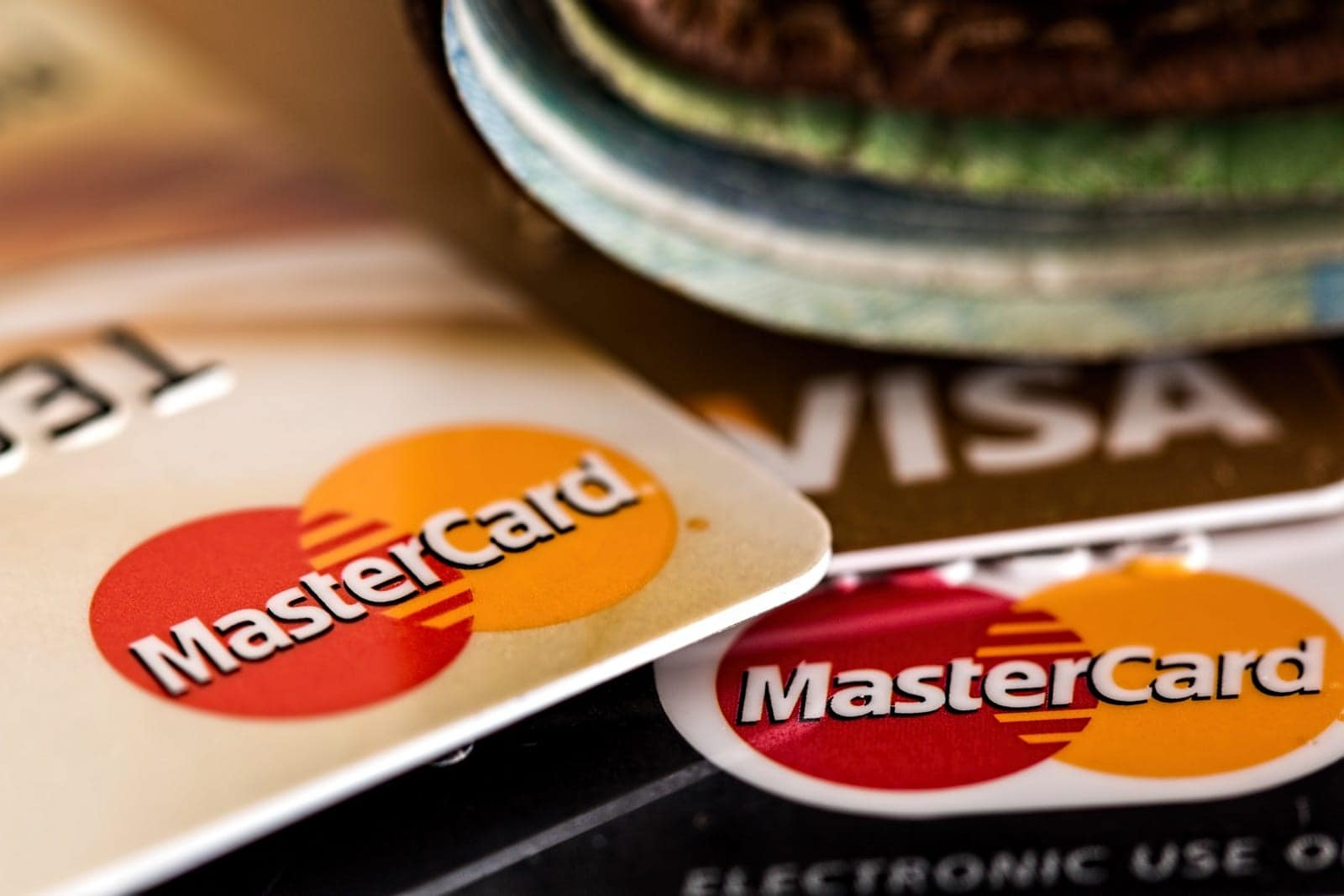 credit-cards-easy-to-request-and-approve