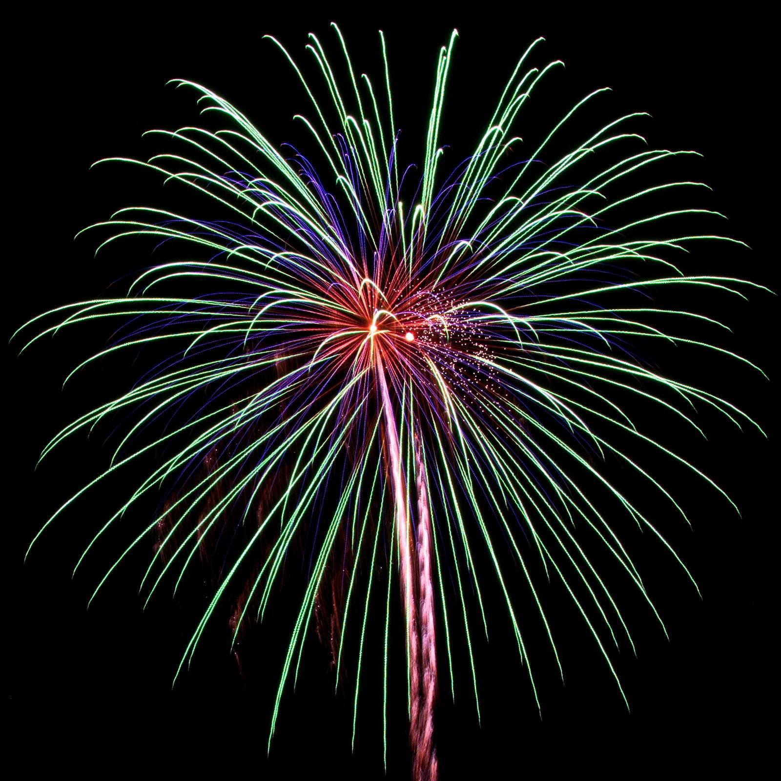 Massachusetts Fireworks: Boom in green