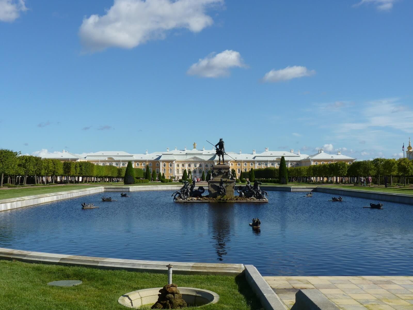 Jardins Superiores 02 Peterhof São Petersburgo Rússia Mundo Indefinido