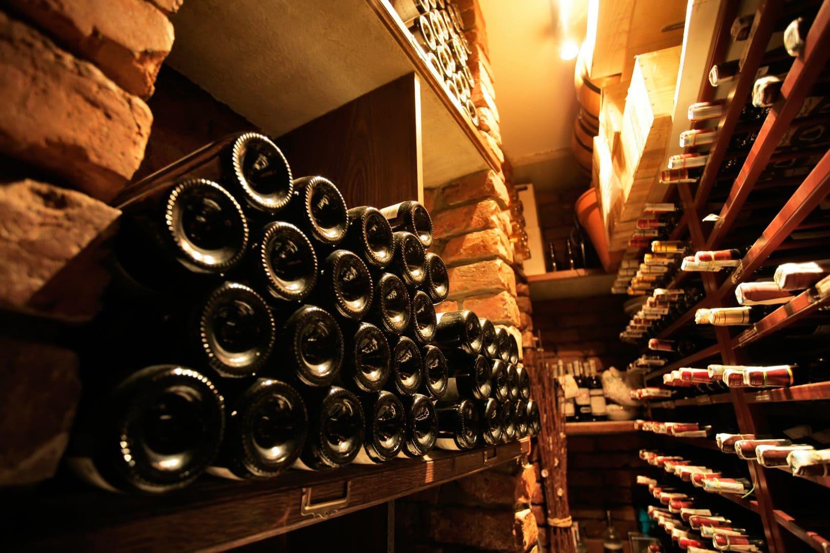 Droge vochtvrije wijnkelder - ADG Vochtspecialist