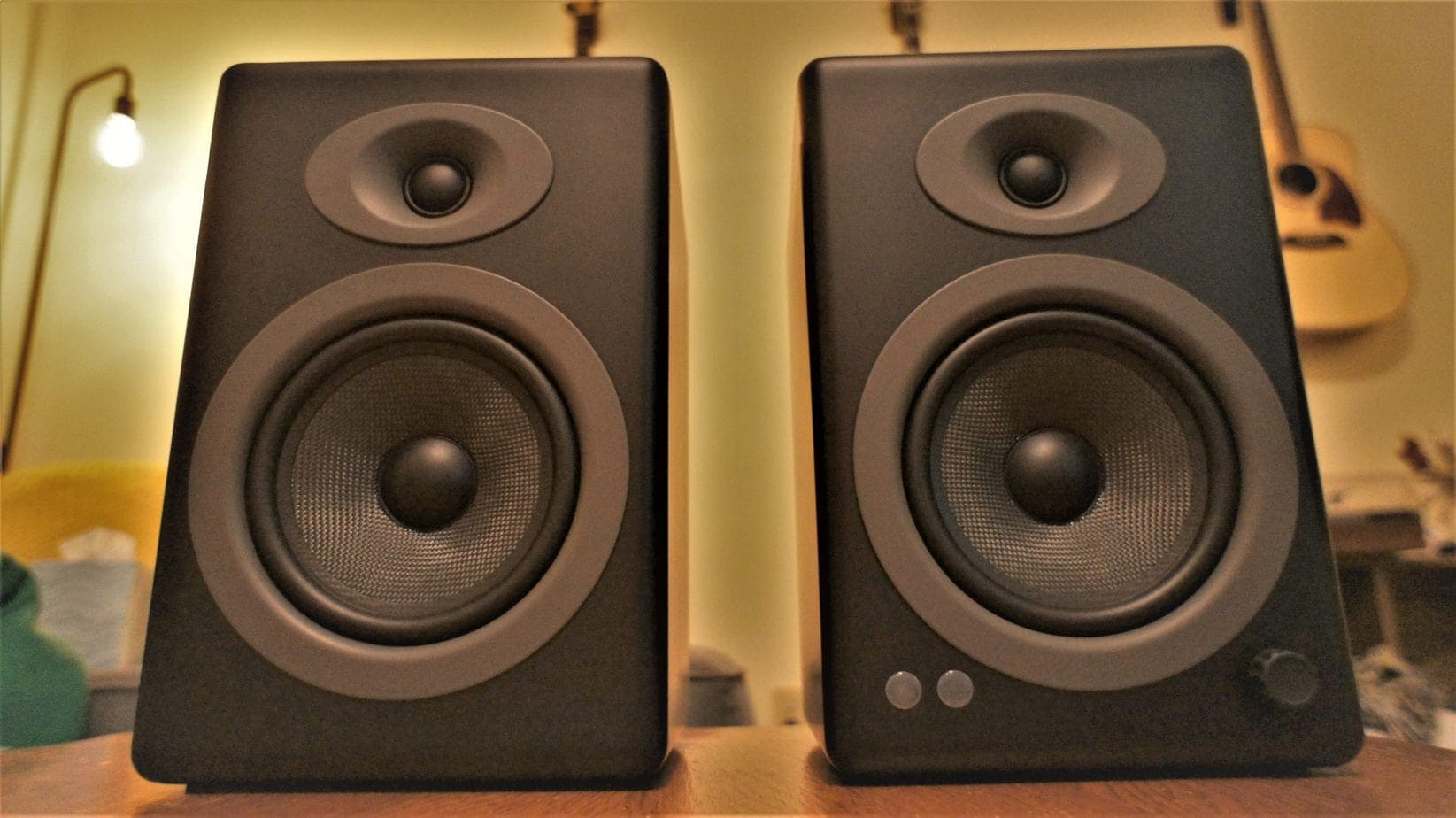 The best powered bookshelf speakers under 500