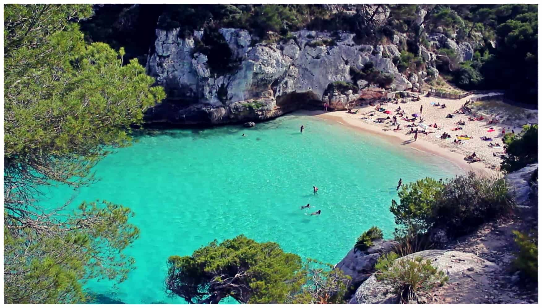 Menorca fly airlines that to