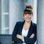 solche Bilder eignen sich prima etwa als Profilbild für XING u.ä Karrierenetzwerke