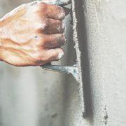 Innenputz an Wand anbringen