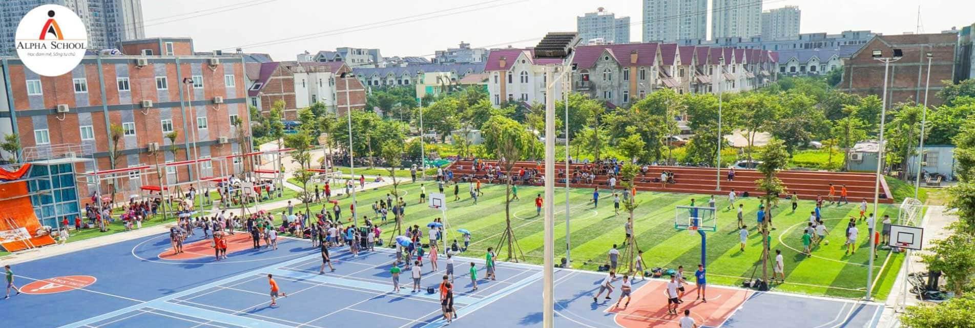 San the thao Alpha School