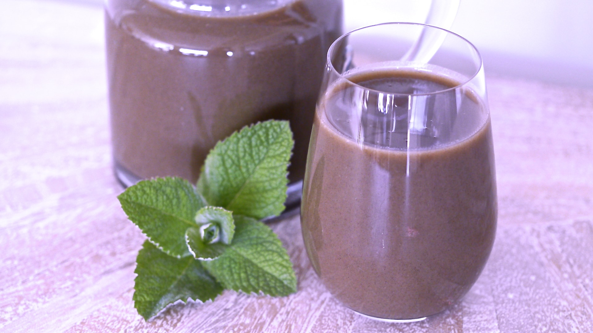5-super-easy-drinks-that-detoxify-your-body-1