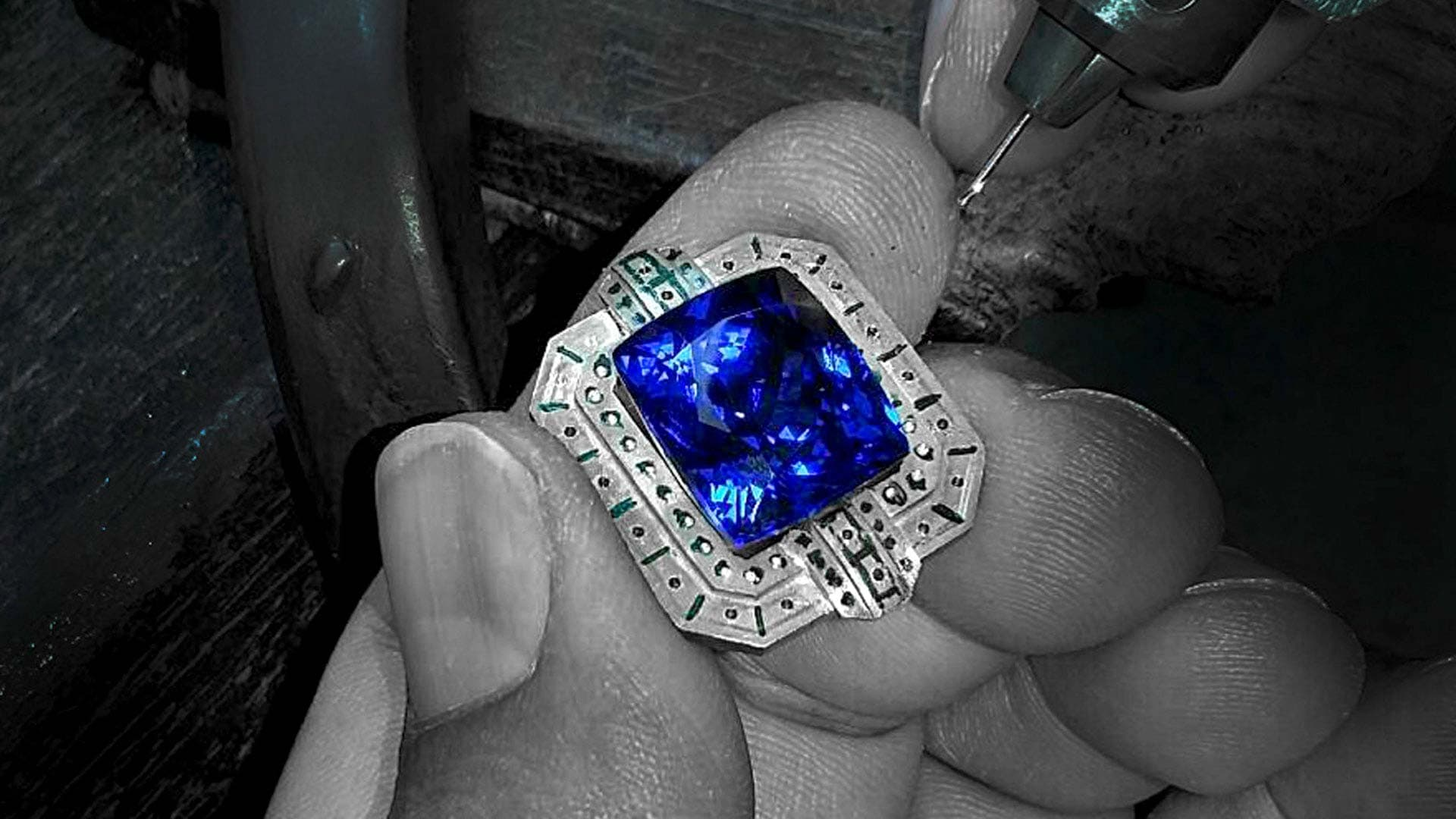 blue sapphire gemstone testing