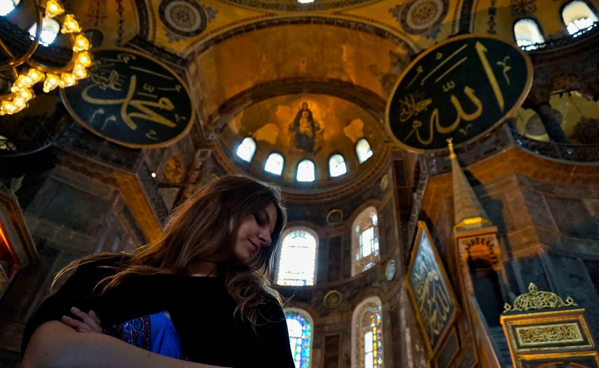 Hagia Sofia, Istanbul, Turkey - Experiencing the Globe