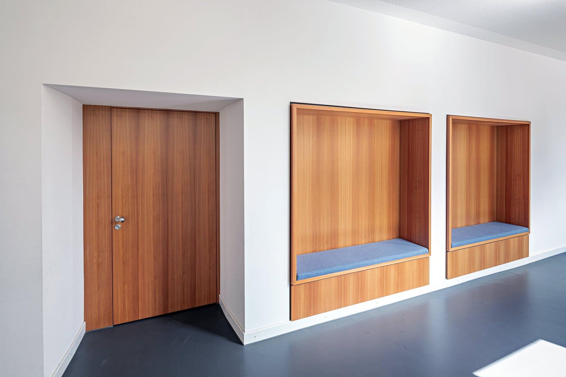 Ludwig-Thoma Gymnasium Prien Aldingerarchitekten Flur