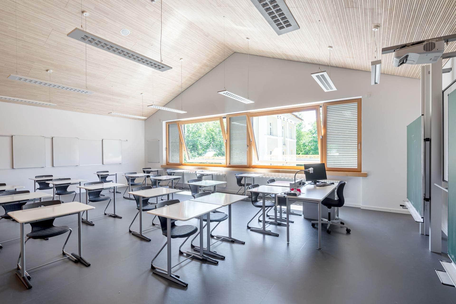Ludwig-Thoma Gymnasium-Prien-Aldingerarchitekten Klassenzimmer