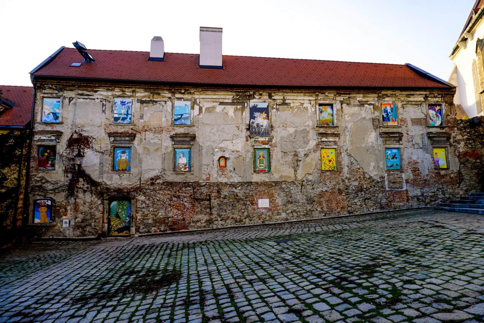 Divadlo Bratislavsky Gasparko, Bratislava, Slovakia – Experiencing the Globe