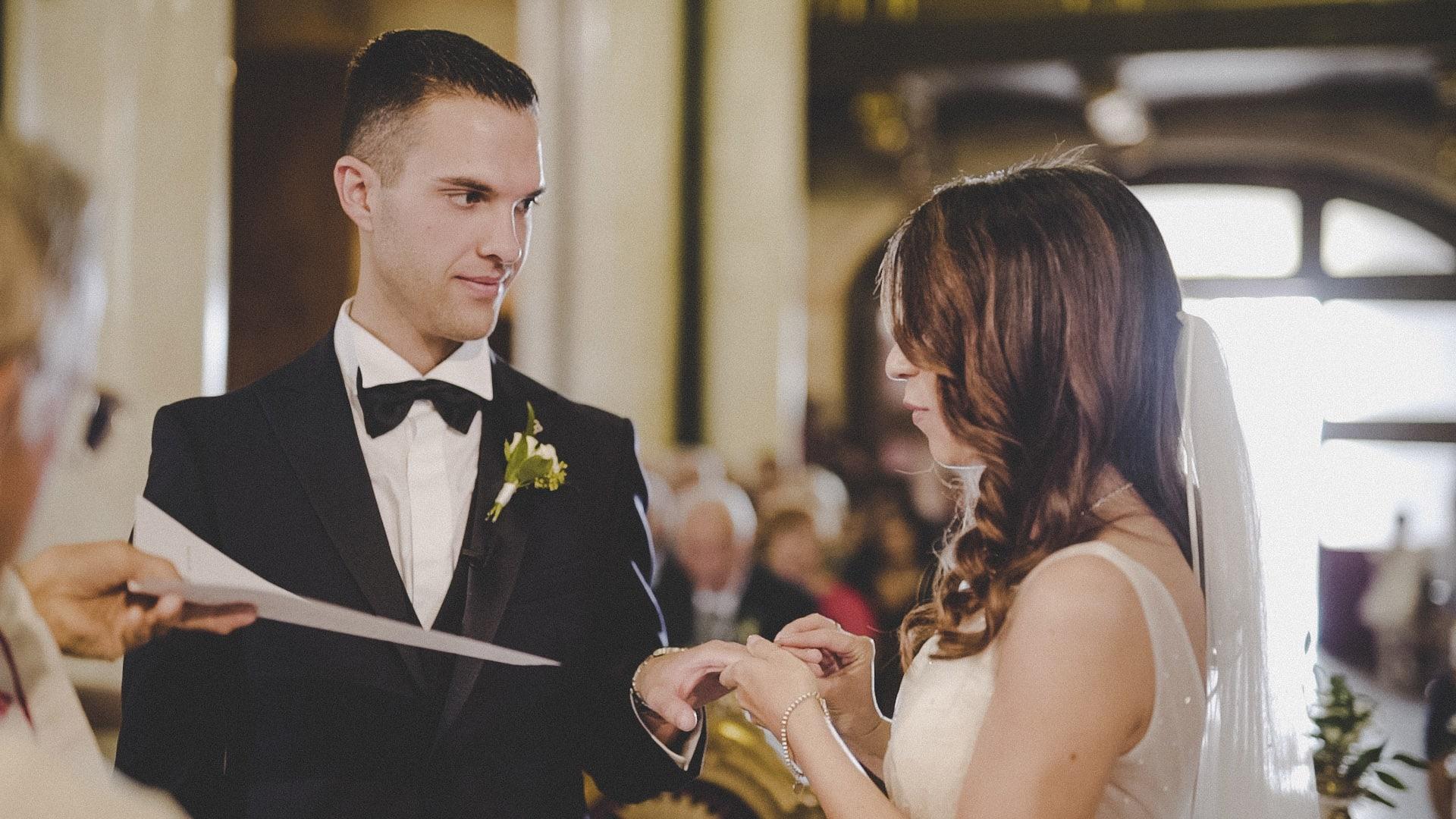 sposi si scambiano lepromesse