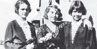 Dinah Grace mit den Schwestern Annemarie und Erika