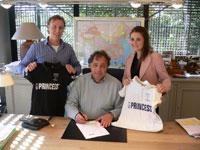 Princess tekent contract met G.S.H.C. 'Forward