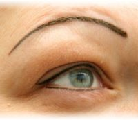Haarlospatientin Permanent Make Up nachher