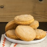 Caramel and cinnamon are a tasty pair in these Cinnamon-Caramel Sandwich Cookies!