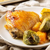 chicken thighs and vegetables