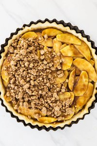 Peanut Butter Apple Pie with crumble topping